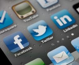 Les réseaux sociaux en mal de collaboration