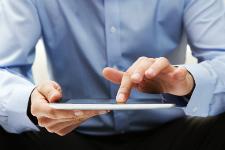 Photo d'utilisation d'une tablette numérique
