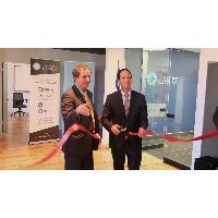 Le ministre Bédard inaugure le centre de formation Red Hat de Savoir-faire Linux (crédit photo:  Émilien Edmond)
