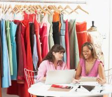 Illustration du concept d'utilisation des TIC dans le domaine de la mode et du vêtement