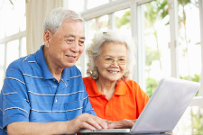 Hausse du recours aux technologies chez les aînés