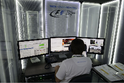 Centre_communications_F1_2