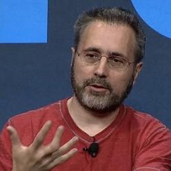 Urs Hölzle, le patron de l'infrastructure technique de Google, estime que dans plusieurs années les infrastructures techniques des entreprises et des fournisseurs cloud seront identiques. (crédit : D.R.)
