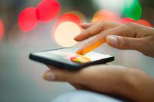 Un téléphone-tablette