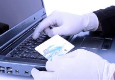 Illustration du concept de vol de données de cartes de débit ou de crédit