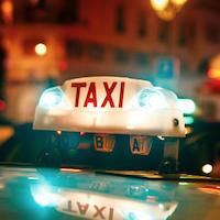 Taxi: Québec propose 270 millions de dollars de plus financés par une redevance