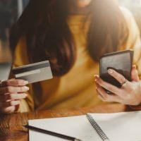 Le magasinage en ligne en hausse au Québec