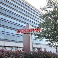 Piratage chez Equifax: 4 militaires chinois inculpés aux États-Unis