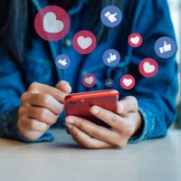 Facebook achète Kustomer pour 1G$