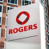 Rogers: dons de téléphones aux maisons d'hébergement pour femmes autochtones